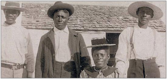 Group portrait, Bimimi Island, Bahamas. Circa 1890s.
